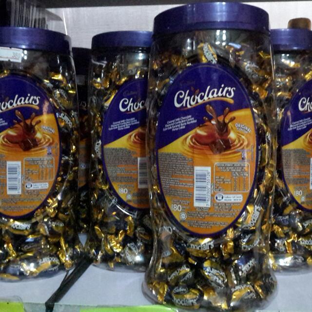 Cadbury Choclairs Jar