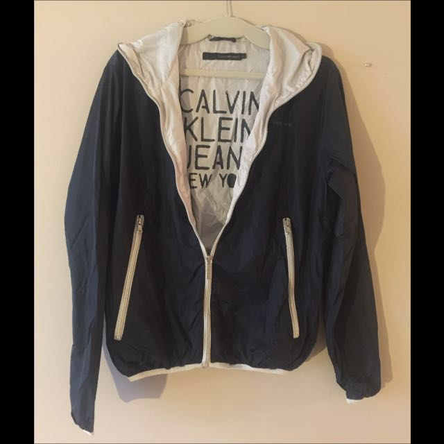 Calvin Klein Waterproof Outwear #BlackFriday50