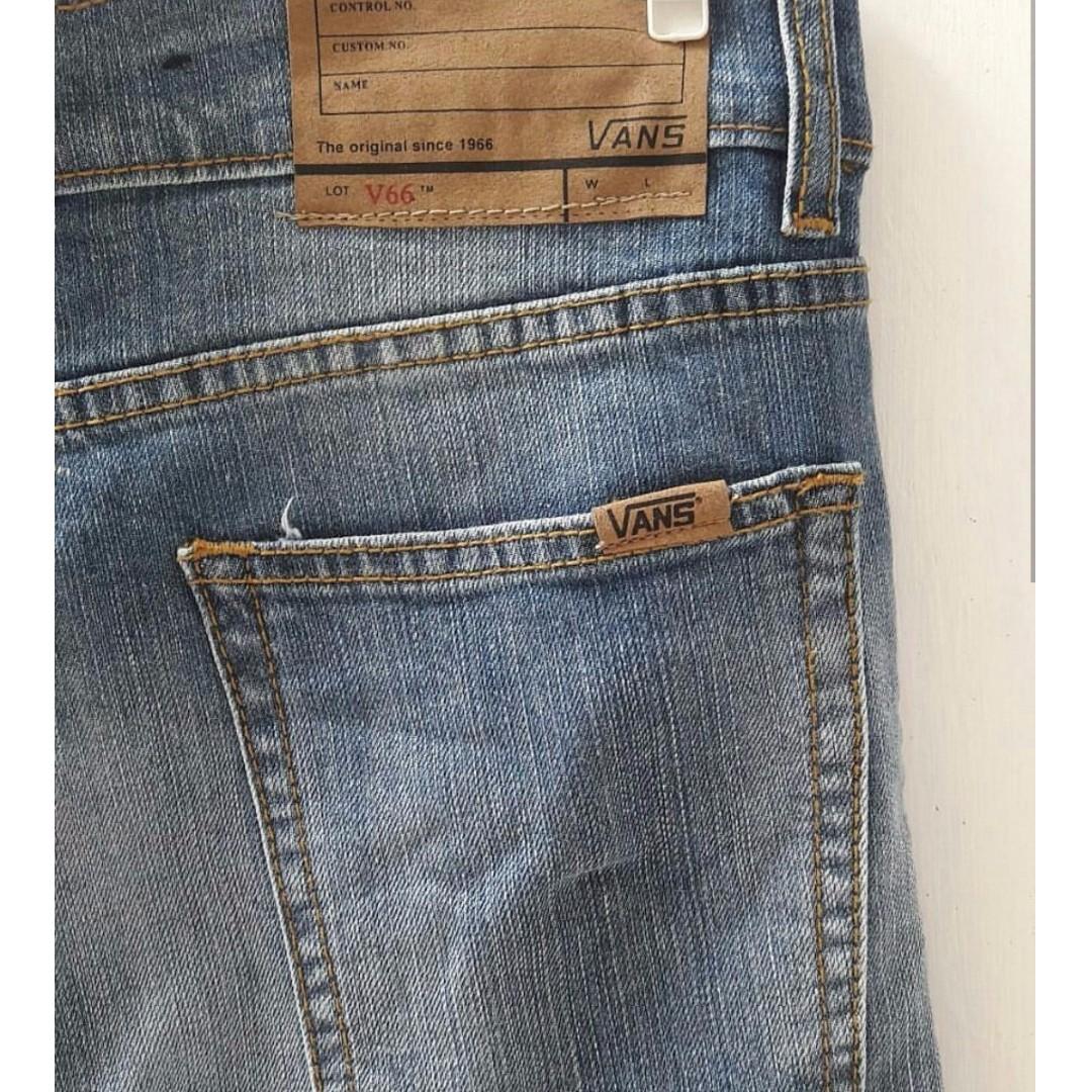 65+  Celana Jeans Vans Original Terbaik Gratis