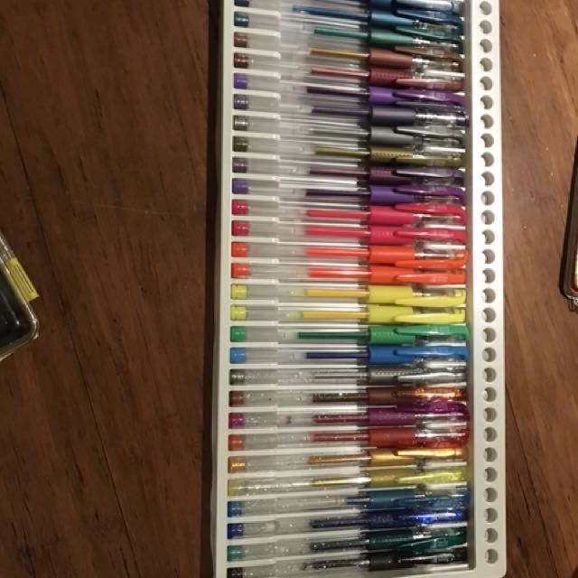 Colourful Pen set