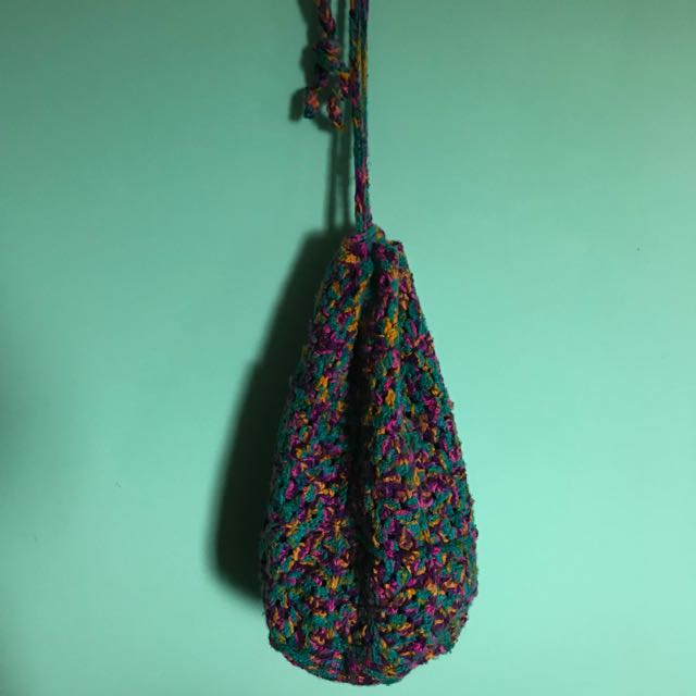 Crochet knit vintage duffle drawstring beach bag