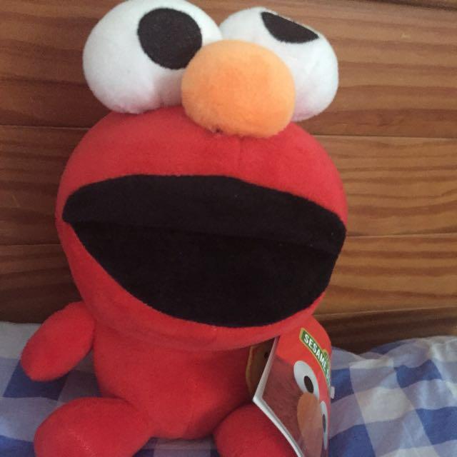 Elmo娃娃