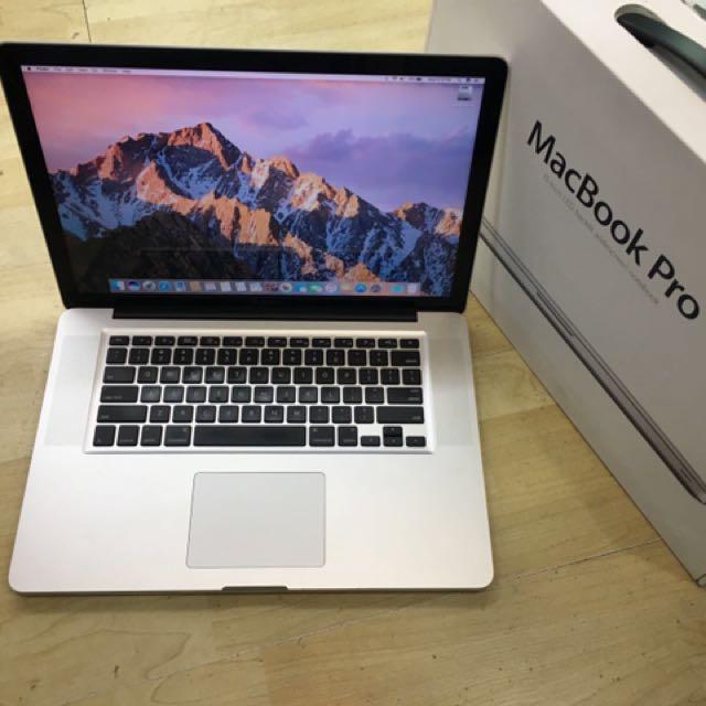 """Excellent Condition 15"""" MacBook Pro Core I7 ( Non Retina)"""