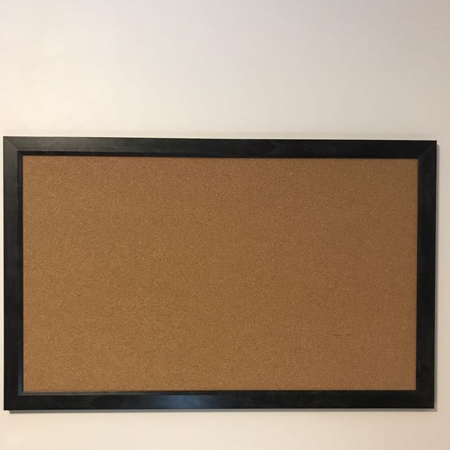 Fine grain Cork board 55.9cm x 88.9cm