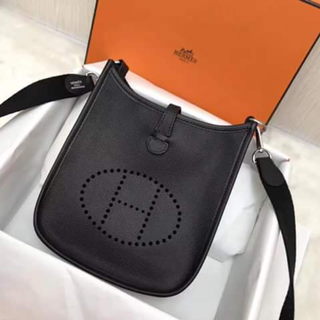 HERMES Evelyne Black- Medium  Authentic     PLEASE READ Bio and Product  details carefully 916f07b66456