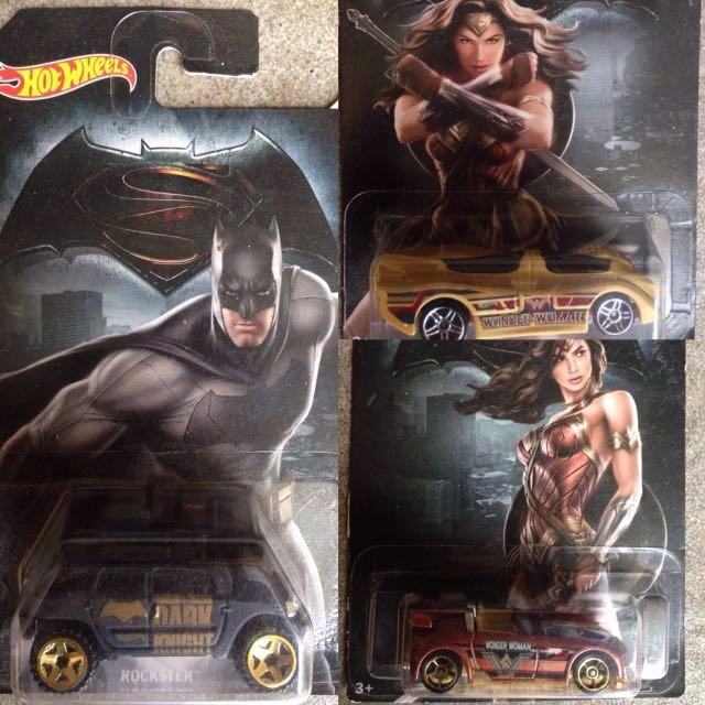 Hotwheels Mattel Batman & Wonder Woman