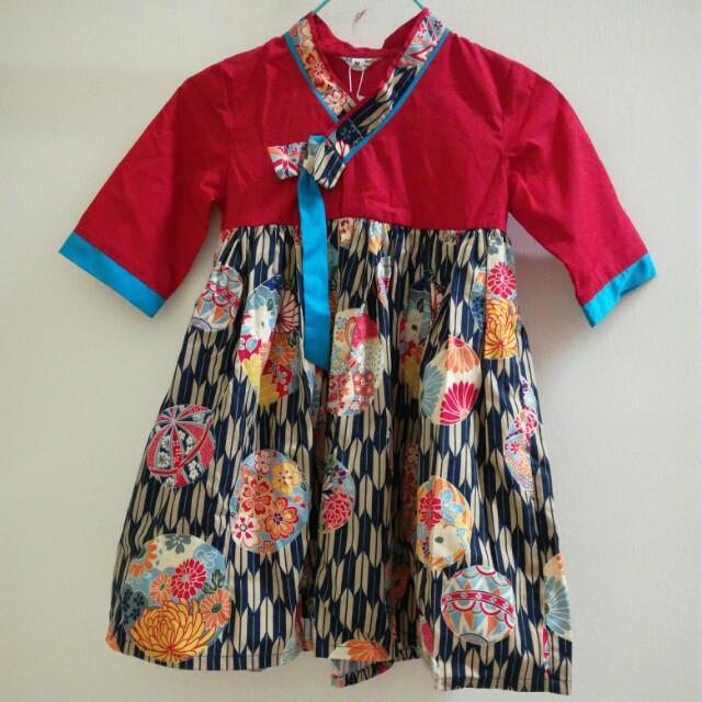 Korean Costume Hanbok Girls