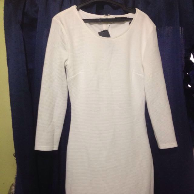 Longsleeve White Dress