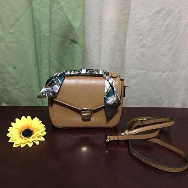 Mogao cute sling bag