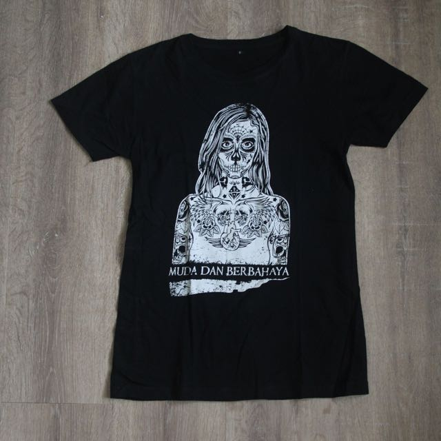 Muda & Berbahaya T-Shirt