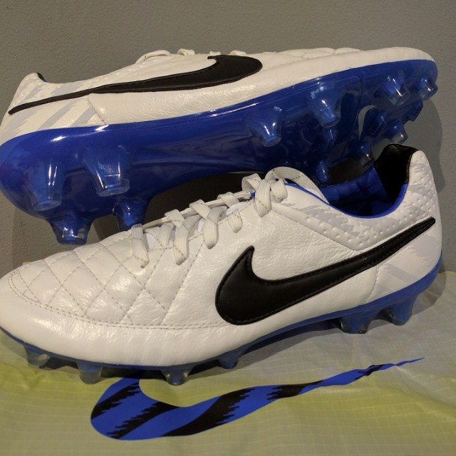 online store e8276 5b5aa NIKE Tiempo Legend V FG Kangaroo Leather Football Soccer ...