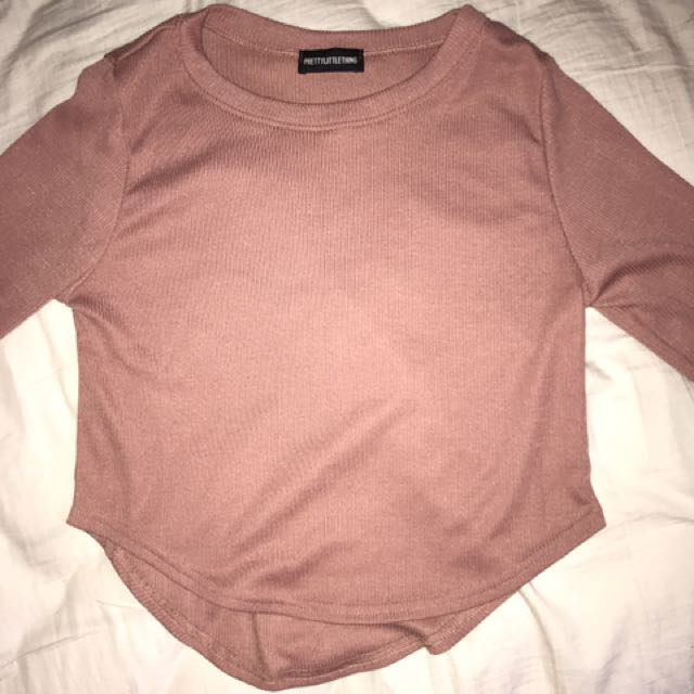 Pretty little thing long sleeve crop size 10