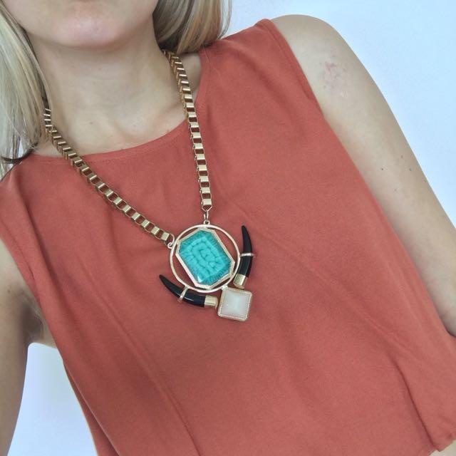 Pull & Bear Boho Festival Turquoise & Gold Necklace