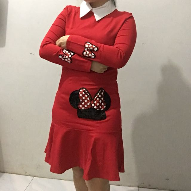 red dress minnie mouse