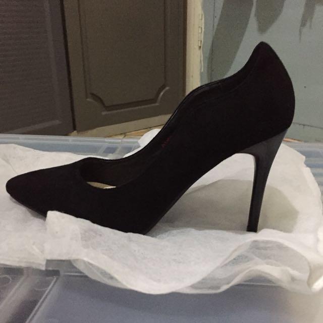 S&H Black heels