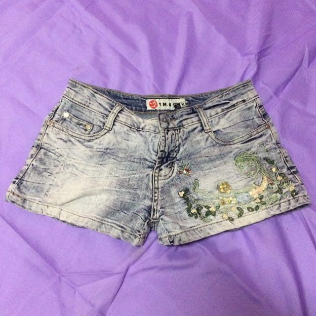 Shorts size 27