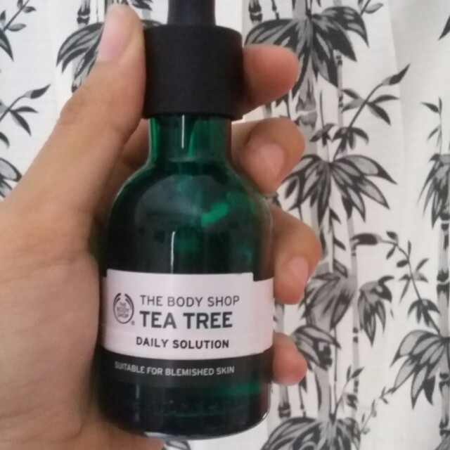 The Body Shop Tea Tree Serum&Essence Daily Solution