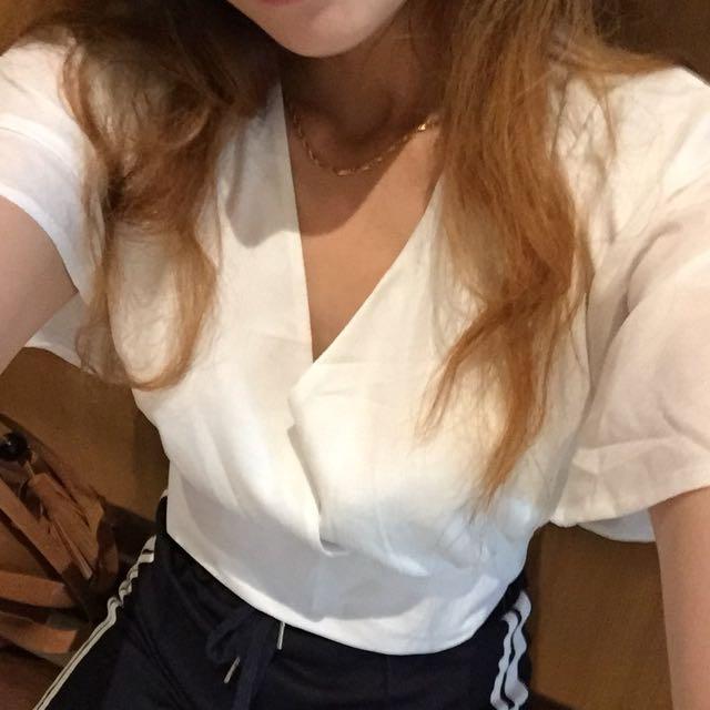White bow sexy top