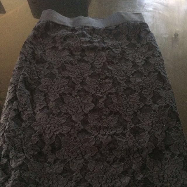 Woman's Lacey Skirt