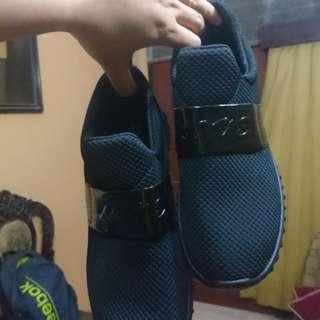 REPRICE Korean Shoes (Dr Kevin) Ukuran 39 NEW
