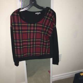 Medium Plaid sweater