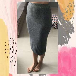 Grey midi pencil skirt