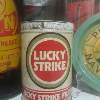 tin rokok lucky strike