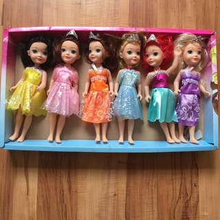 Princess dolls set, collect before 5th December