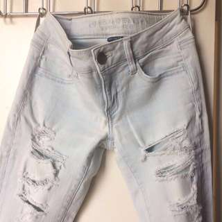 Cropped American Eagle Distressed Jeggings