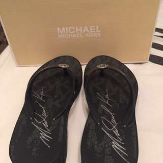 Authentic Michael Kors Slipper