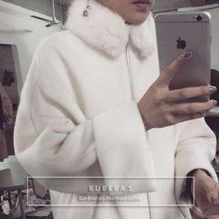 韓 設計師款白色毛領大衣(毛領可拆)