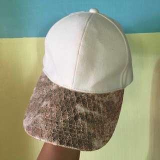 Baseball bangkok leather gold and cream cap