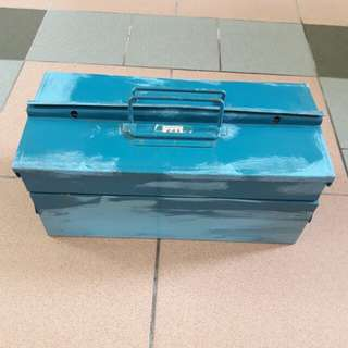 Metal Tool Box can Lock can put gold money tools valuables