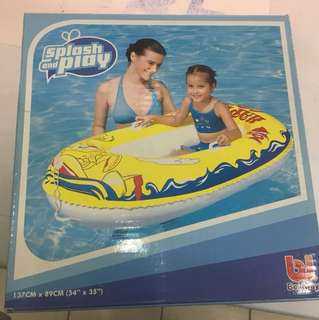 Float - splash and play