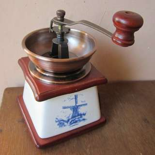Coffee grinder /gilingan kopi Holland