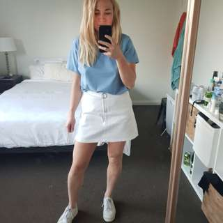 White Subtitled skirt size 10 worn once!!