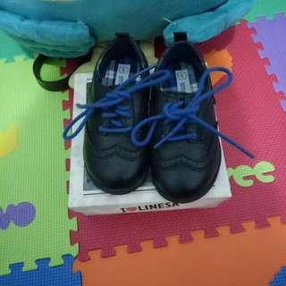 Sepatu oxford anak
