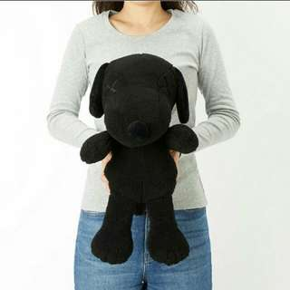 BLACK KAWS SNOOPY