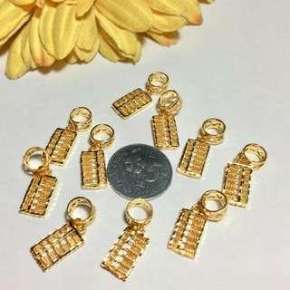 916 Gold Charm Sempoa Design