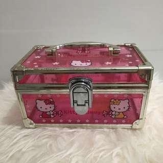 Kotak perhiasan hello kitty