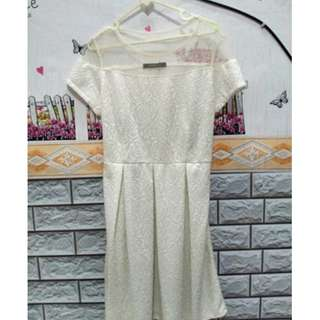 BAJU DRESS WANITA FLOWERY WHITE PRELOVED MURAH