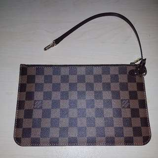 Authentic Louis Vuitton removable zippered clutch/pouch in Damier Ebene