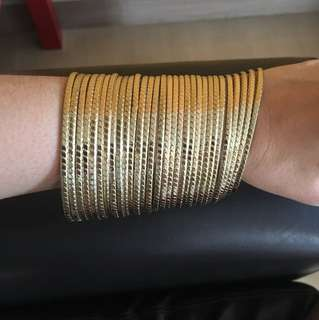 Golden bangles (fake gold)