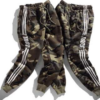🚚 【Oscar】運動褲 休閒褲 縮口 棉質 束腳 加絨 男女 寬鬆 迷彩 情侶