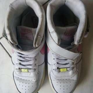 Nike Air KW