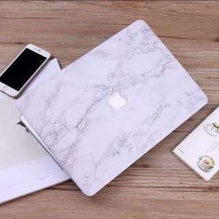 INSTOCK White Marble Macbook Hard Cover Case