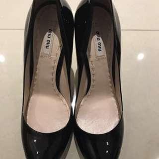 Miu Miu 黑色高貴高跟鞋 Black High Heels