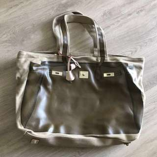 V73 Tote bag
