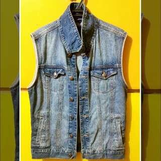 Forever 21Men Denim jacket (sleeveless)