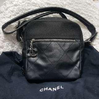 Chanel Black Nylon/leather Shoulder Bag